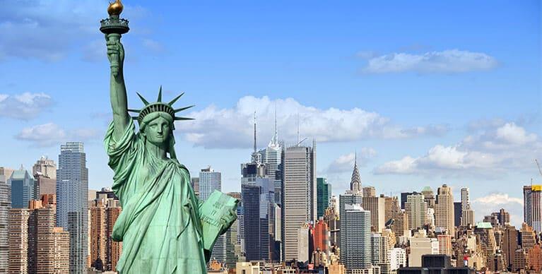 """תמונה של ניו יורק בשביל תרגום קו""""ח לאנגלית"""